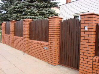 Кирпичный забор под ключ в Волгограде